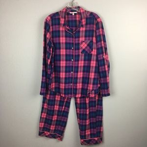 VICTORIA's SECRET FLANNEL PJ SET SIZE LARGE